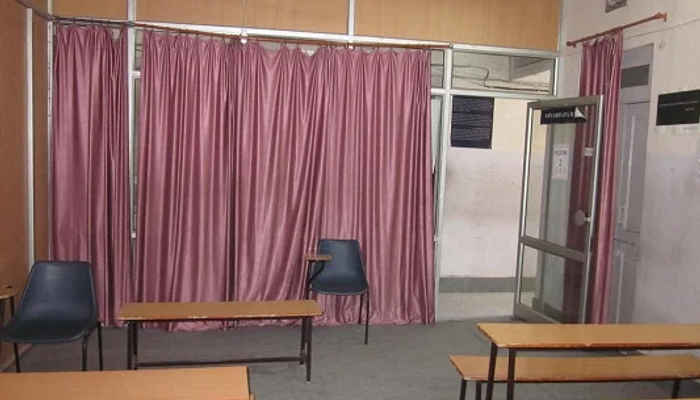 20 Seater Meeting cum Training Room in Banipark, Jaipur| Qdesq